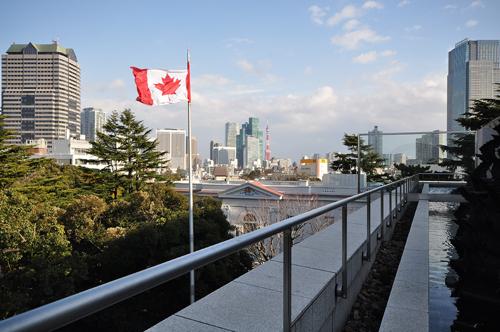 カナダ大使館4階