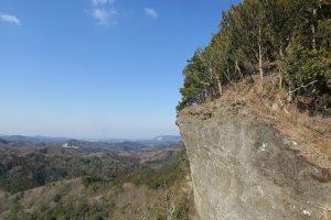 北のテラスより天空の岩
